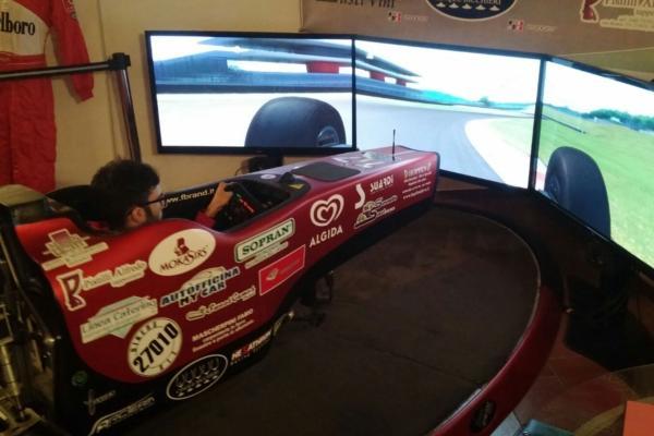 Evento Aziendale con Simulatore Formula 1 Fbrand - Lotus