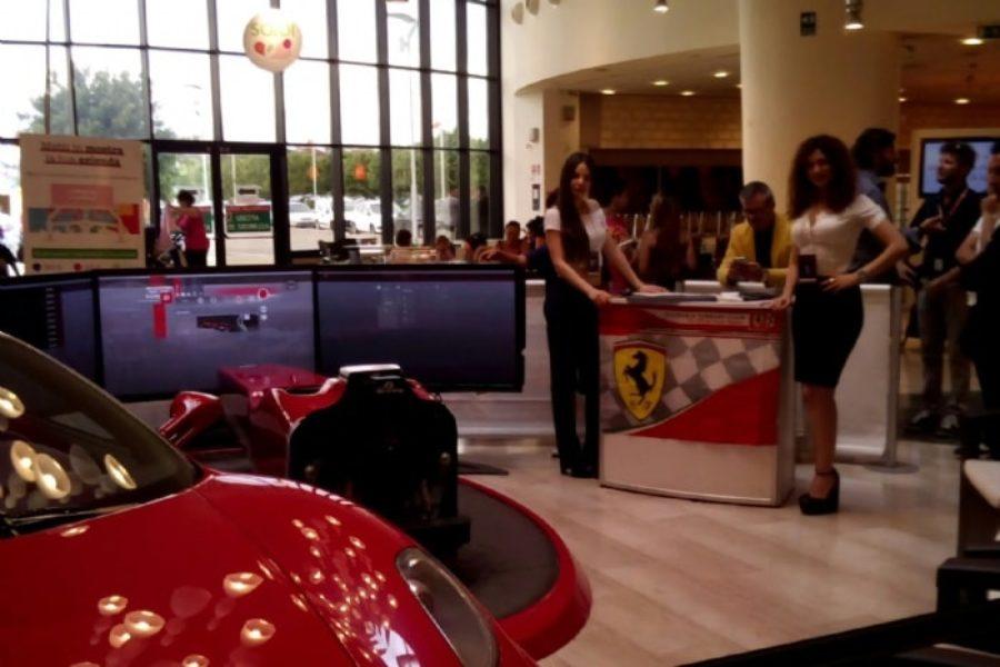 Top Drive Italia e il simulatore F1 al Centro Commerciale Ipercoop Mongolfiera di Taranto