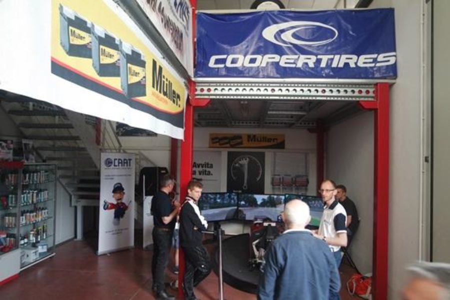 CAAT e Simulatore Formula 1 Professionale Fbrand Insieme a Trento