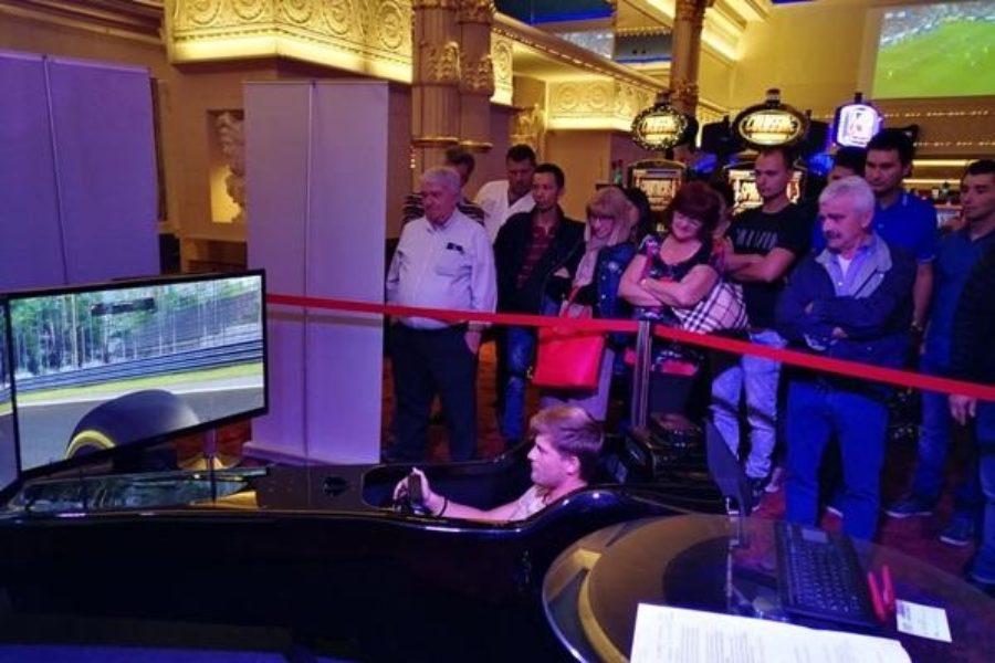 Bis al Casinò Admiral di Mendrisio: Anche la Svizzera Accoglie il Simulatore F1 Fbrand