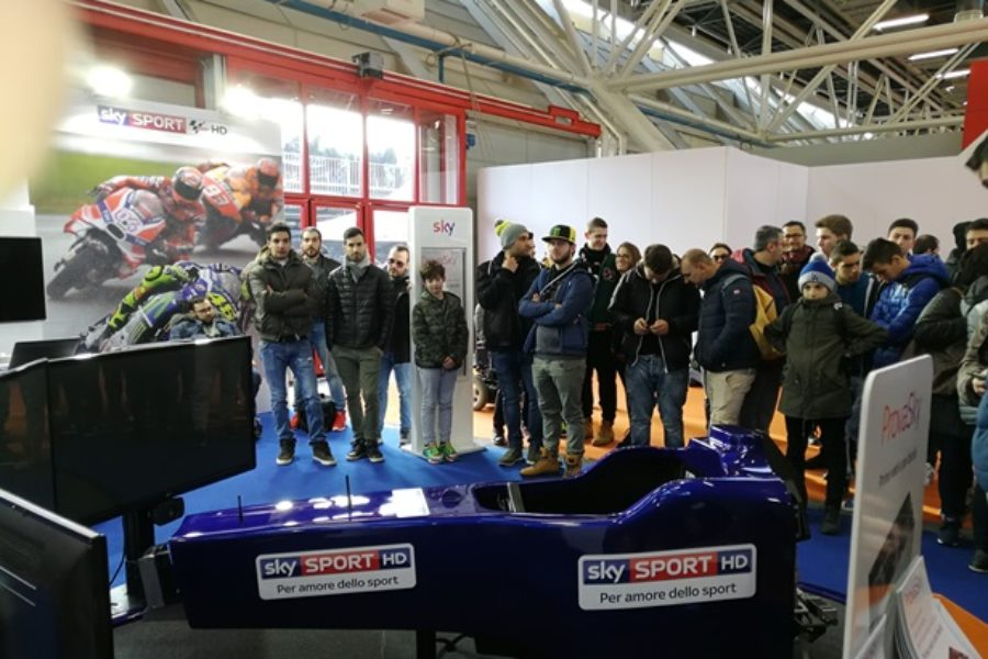 Guido Meda Torna a Bordo del Simulatore F1 anche al Motorshow 2017
