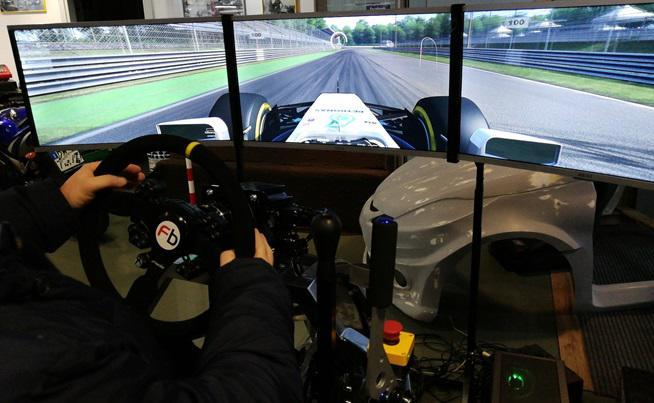 Simulatore Rally Gran Turismo F1 - Petronas Fbrand - Ginevra Motorshow Salone dell'Auto