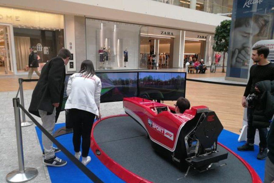 Sky Sport F1 a Il Centro di Arese con il Simulatore Formula 1 Dinamico