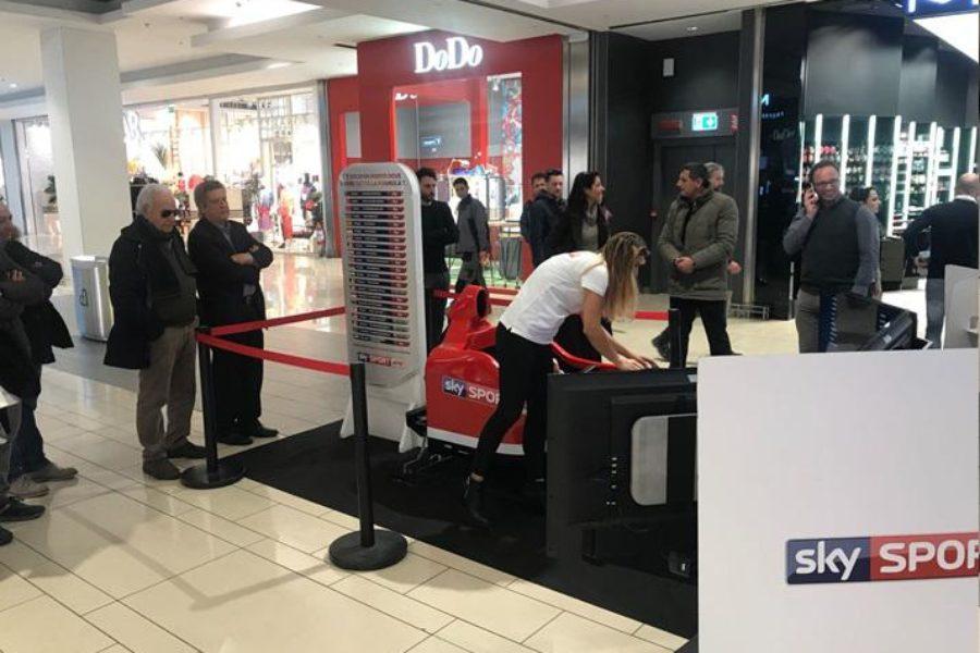 Simulatore Formula 1 e Sky Sport Arrivano nei Centri Commerciali di Roma