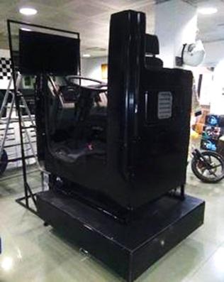 Simulatore di Guida Camion Dinamico Professionale - Truck Sym Pro