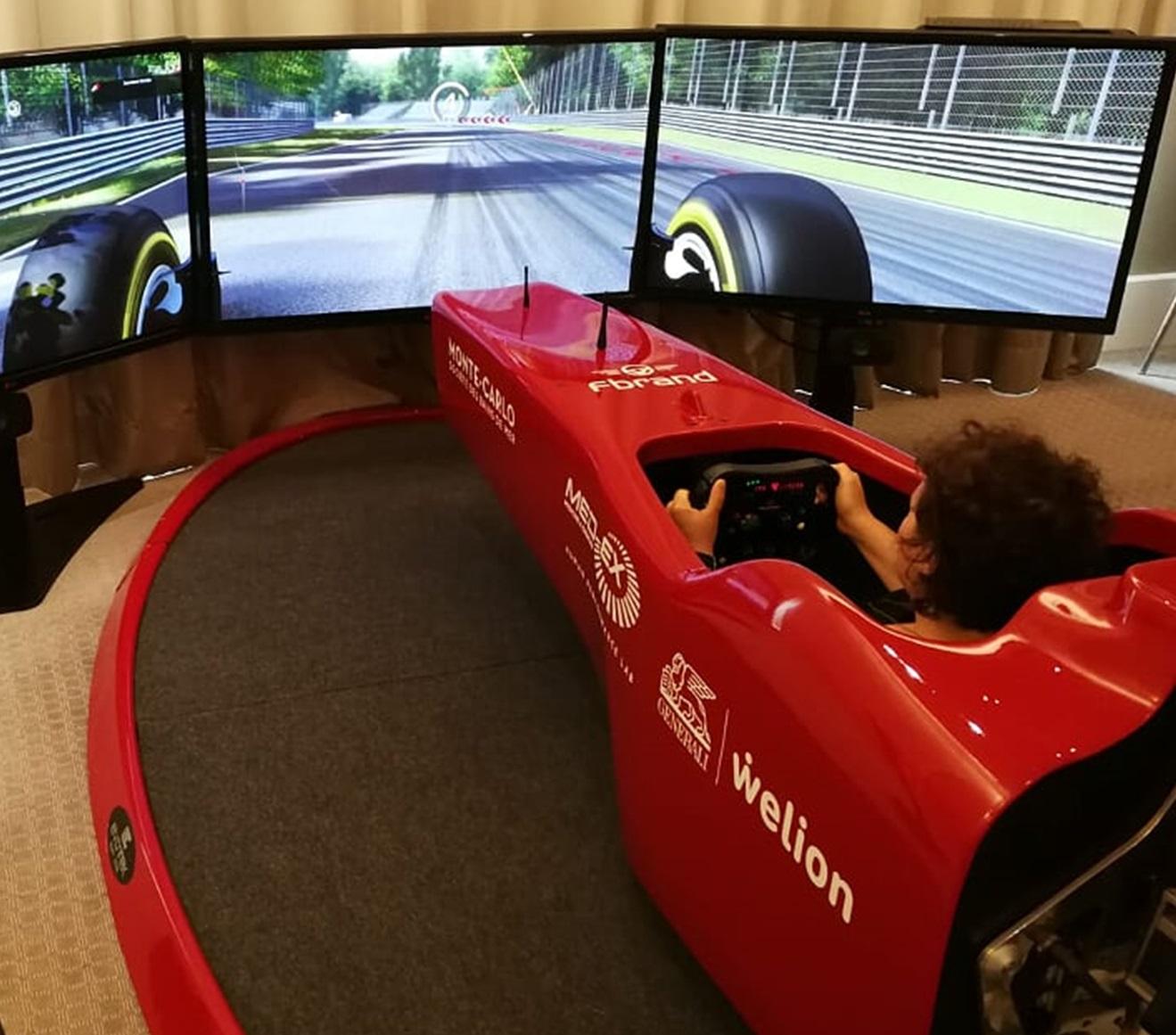 Noleggio-Simulatori-F1-Professionali-Fbrand-Eventi-Aziendali-Corporate