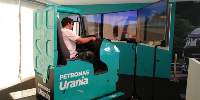 Simulatore Camion Professionale Fbrand - Simulatore di Guida Camion - Truck Sym Pro Dynamic