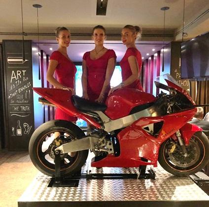Simulatore Moto Fbrand - Simulatore MotoGP Professionale - Evento Ristorante Ciani - Axion Swiss Bank