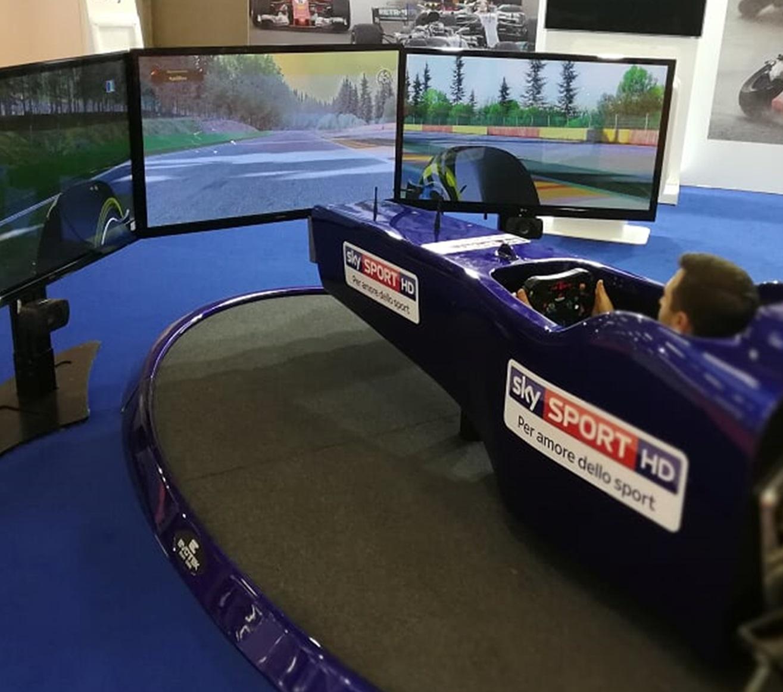 Simulatore f1 professionale dinamico info e prezzo fbrand for Simulatore di arredamento