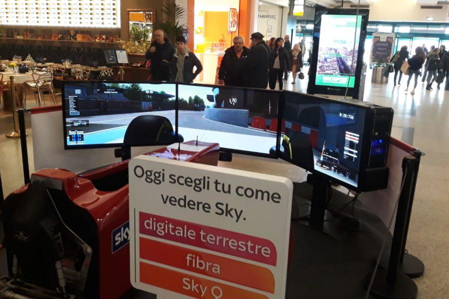 Simulatore F1 con Sky Ancora in Tour nei Centri Commerciali d'Italia