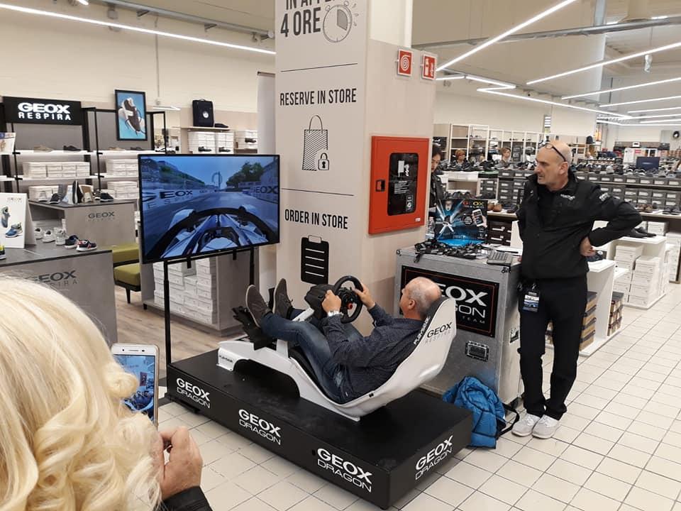 Simulatore Formula E Professionale - Geox Store Portogruaro Venezia con Fbrand