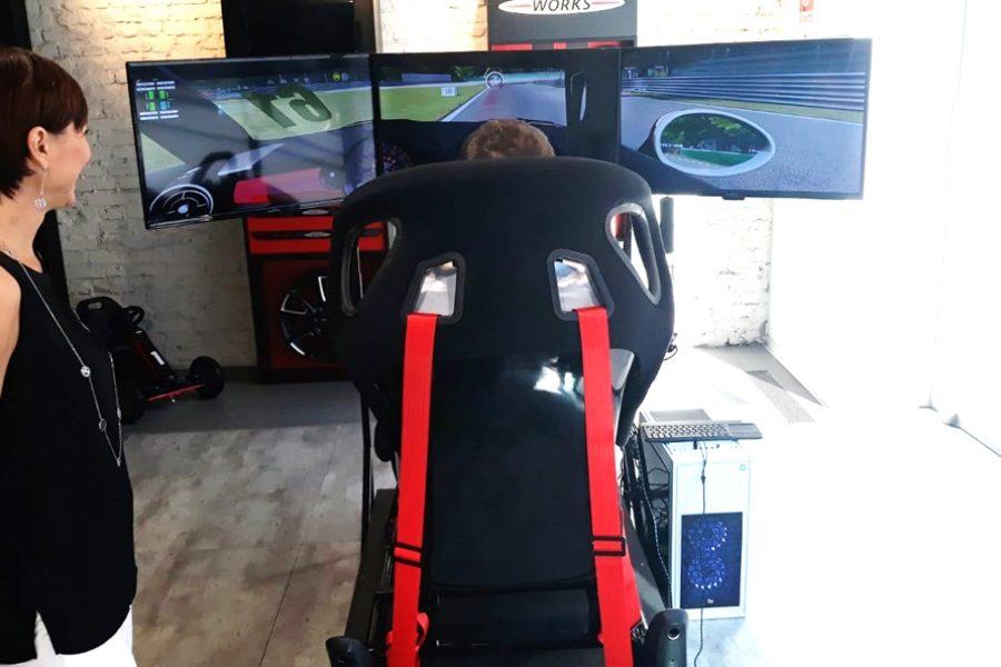 Mini Challenge con il Simulatore di Guida Professionale al Concessionario Bmw Milano