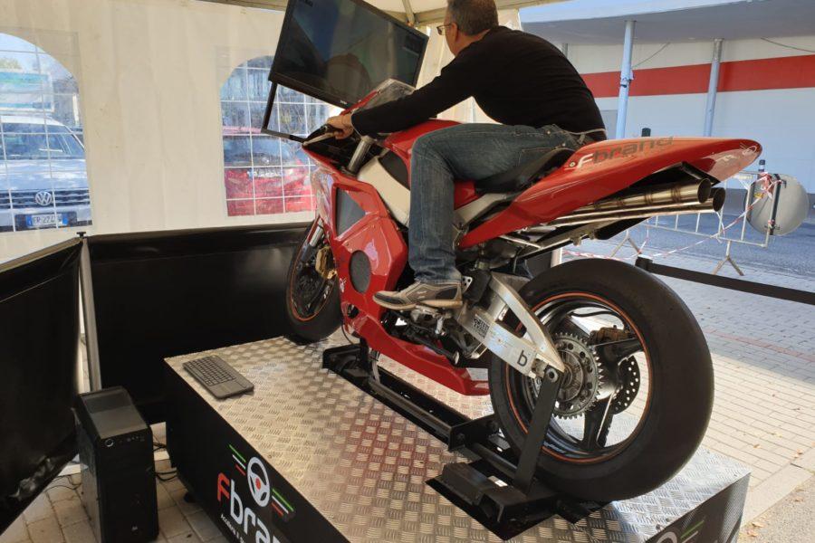 Il Simulatore Moto Professionale Romba al Parco Commerciale Meraville