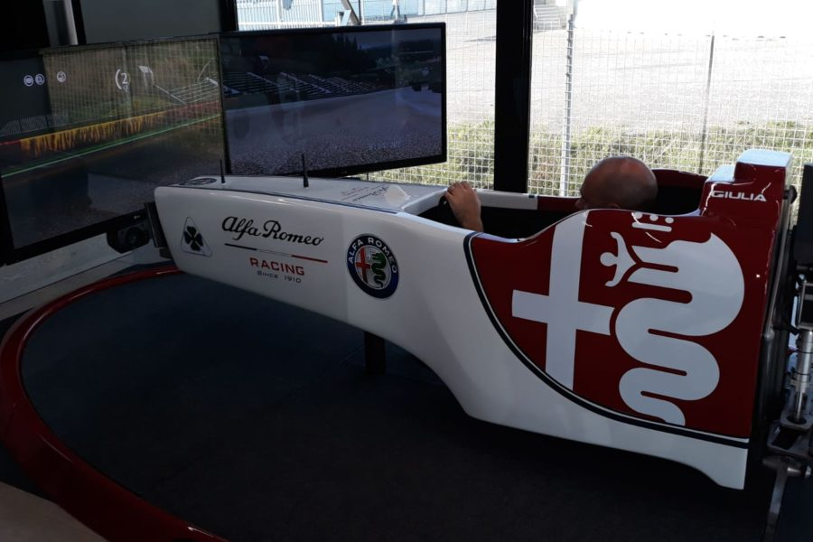 Simulatore Alfa Romeo F1 Racing Team con Fbrand