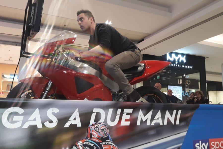 In Attesa del MotoGP le Emozioni già Corrono sul Simulatore Moto con Sky