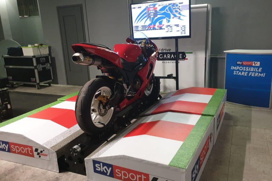 Corso di Guida sul Simulatore Moto con Manuel Poggiali, in Fdrive a Bergamo