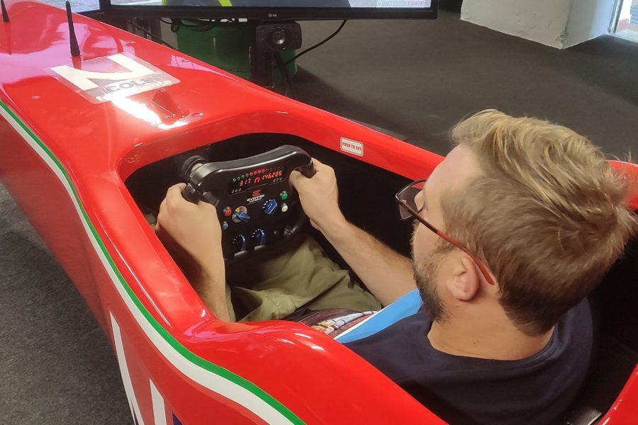 Ferramenta Nicolini: il Simulatore F1 è presente all'evento aziendale